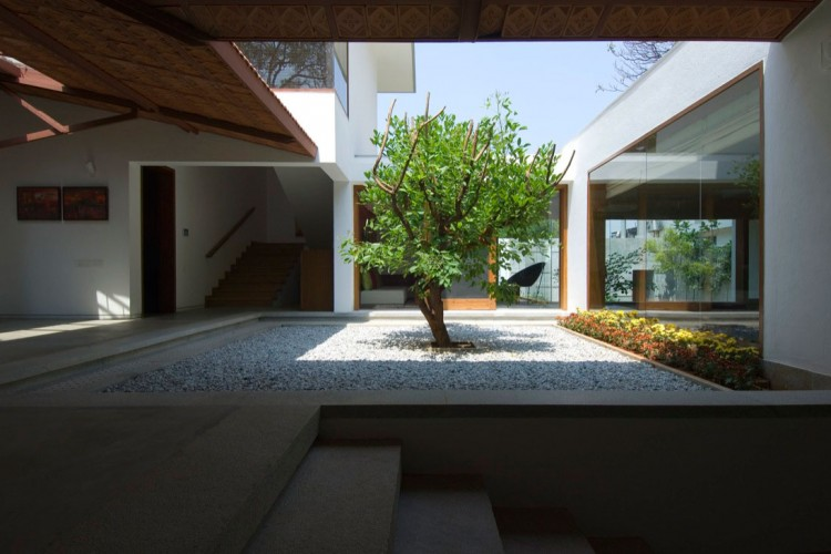 This Ancient Science Is Well Utilized Here To Make This Home Eco Friendly  And Naturally Aesthetic.